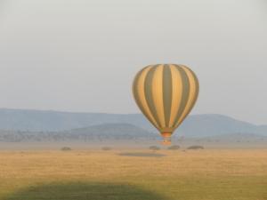 Balloon over Serengeti