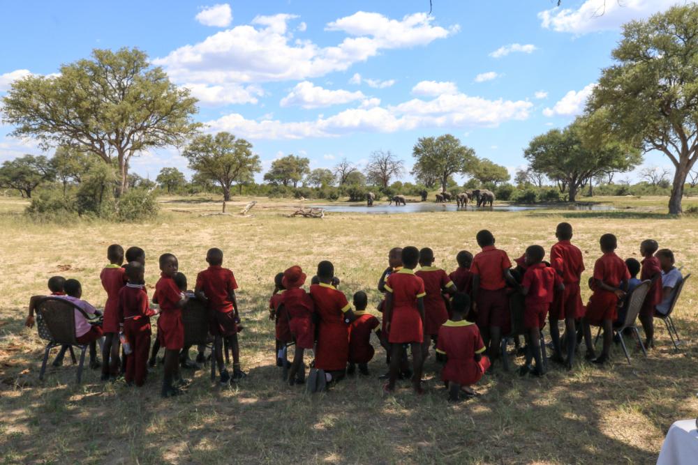 Camelthorn, Ngamo school kids on safari
